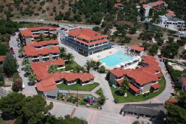 Lagomandra Beach Hotel